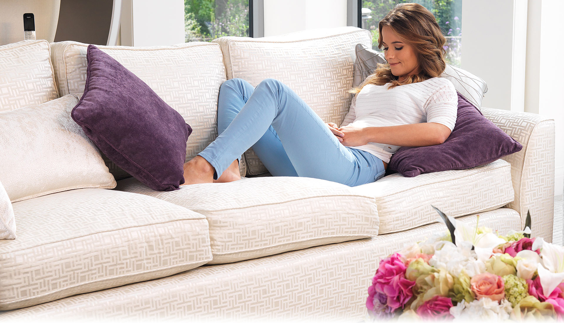 dpni. Black Bedroom Furniture Sets. Home Design Ideas